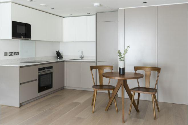 1 bedroom apartment 117 Inverness Terrace