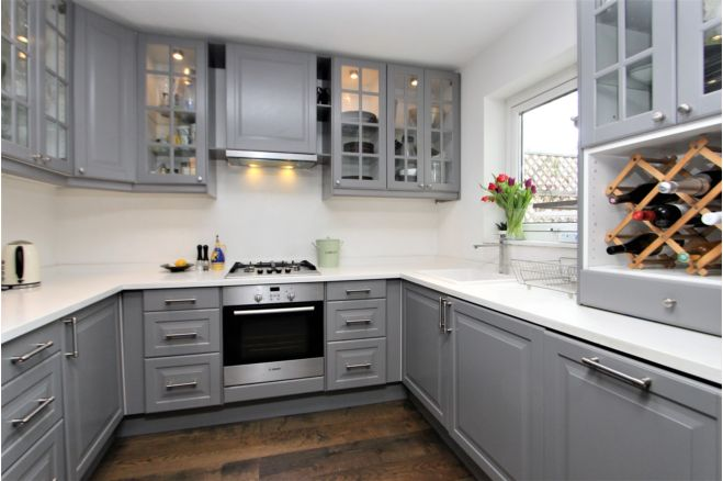 2 bedroom flat - SW5 9AS