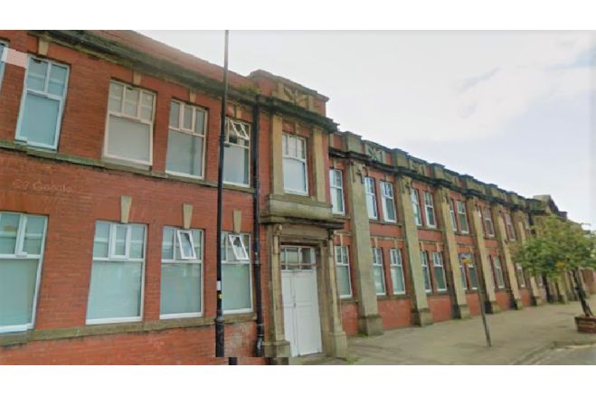 6 bedroom apartment - FY7 6NW