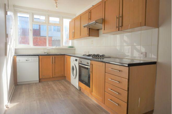4 bedroom terraced house - SW15 4DL